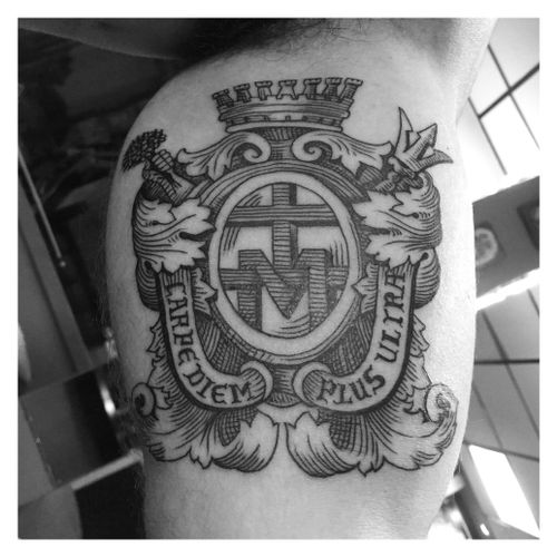 #heraldic #linework #carpediem #plusultra #catholic #tattoo