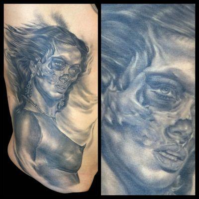 #blackandgrey #realism #skull #woman #DarkArt #dayofthedead #pinup #sexy #death #dark #darkartists #portrait #beautiful #demon