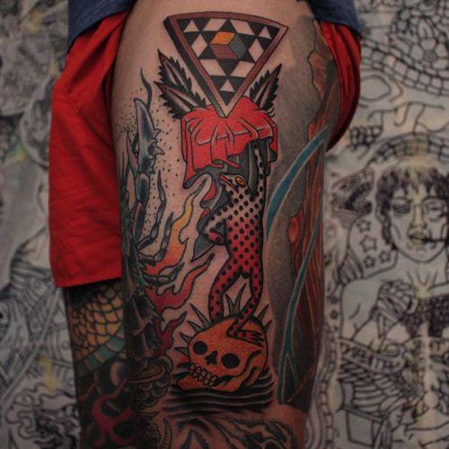 Tattoo by Joel Soos #JoelSoos #SurrealTraditionalTattoos #Traditionaltattoos #surrealtattoos #surrealism #oldschool #AmericanTraditional #frog #skull #geometric