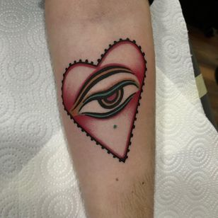 Tattoo by Cloditta #Cloditta #heart #buddha #buddhaeye #eye #love #traditional #oldschool #color #tipping #tipyourartist #tippingmakesithurtless #tippingisappreciated