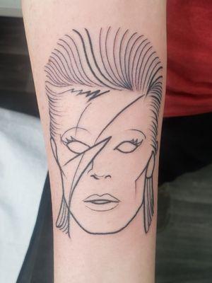 #tattoosbyKennieDavis #davidbowie #outlineart #minimalisttattoo #SandySprings #thenortherncrescent