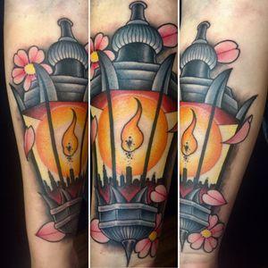 Lantern & skyline