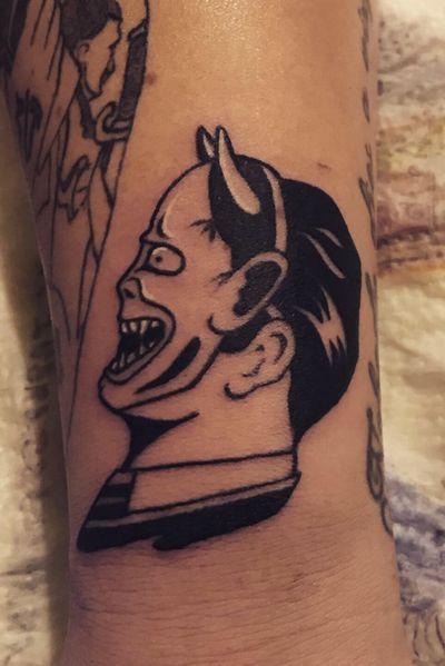 #hannyatattoo #hannyamask #hannya #hannyamasktattoo #tattoo #design #tattoo #tattoos #tattooartist #tattooart #blackwork #tattooline #tattooedgirls #ink #inkedbabes #eternal #mickysharpz #black #japanesetattoo #armtattoo #demon #finelinetattoo #tattooideas #tatt ✖️Not my design✖️