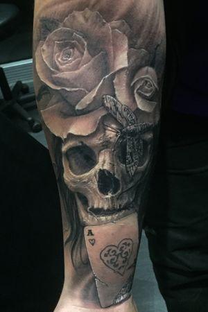 2 sessions #skull #skulltattoo #rose #rosetattoo #darkart #darksurrealism