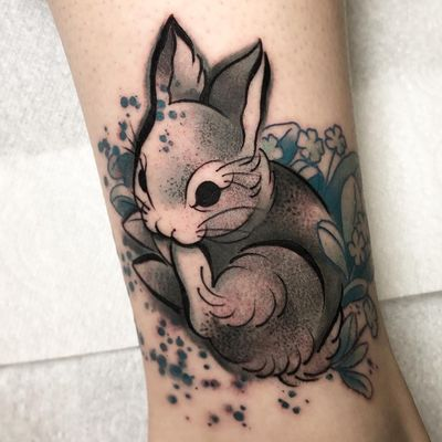 Tattoo by Cloto Acherontia #ClotoAcherontia #Londontattoo #London #Londontattooartist #londontattoostudio #UK #bunny #rabbit #animal #nature #illustrative #flower #floral