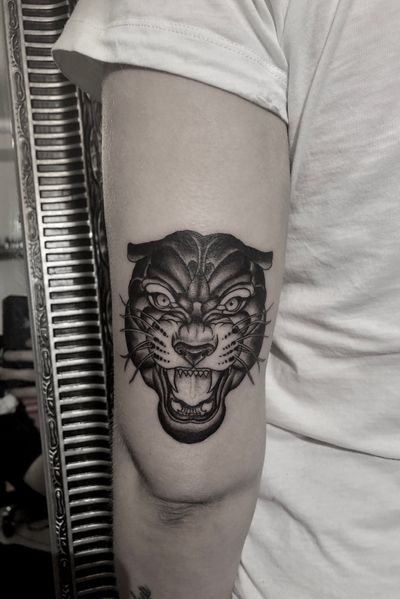 #panther #Black #blackwork #tiger #head #tooth #DarkArt #linework #girl #blackandgray
