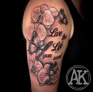 #tattoo #tattoogirls #tatoo #tattoos #tats #tatto #tattooist #tattooed #tattoodo #tattooer #tattooing #tattooart #tatuagemfeminina #tattoostyle #tattoolife #tatoos #tatuagem #tatouage #tattoolove #blackandgrey #blackandgreytattoo #flowertattoo #femaleartist #femaletattooartist #artist #ankiekuis #sweetarttattoo #waalwijk #tribaltrading #tilburg