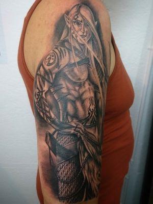 Dark elf warrior done Whit kaco Tattoo machine vorace ✌🏼😎 Entre Lagos Tattoo & Art Gallery Centralstrasse 42 Interlaken WhatsApp :079 448 35 83 Facebook :jairo ramirez art Instagram :JAIRO_RAMIREZART Www.entrelagostattooartgallery.com Jairoramirezart@gmail.com#jairoramirezart #blackandgrey #blackandgreytattoo #tattoo #blackandgreytattoos #tattooer #rosestattoos #rosestattoo #compasstattoo#photooftheday