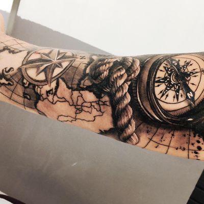 #realistic #rope #compass #map #marine #blackandgrey