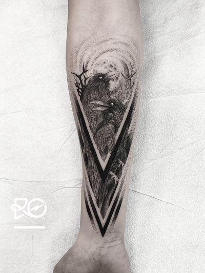 By RO. Robert Pavez • Huginn and Muninn • Done in studio Bang Bang • New York 2019 #engraving #dotwork #etching #dot #linework #geometric #ro #blackwork #blackworktattoo #blackandgrey #black #tattoo #fineline