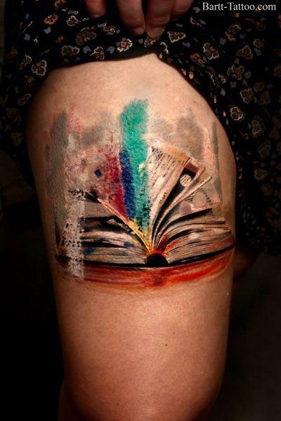 #book #booktattoo #fantasy #watercolortattoo #watercolor #bartt #legtattoo #art #tattooartist #tattooart #nw1 #london #camdentown #kentishtown #color #colortattoo @bartt inst. @bartt_tattoo