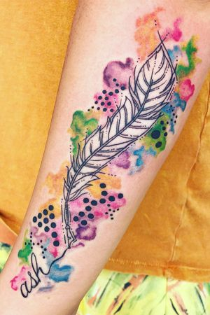 Abstract watercolor quill!! #abstracttattoo #watercolortattoo #quillfeathertattoo #quillpen #staugustinetattooartist