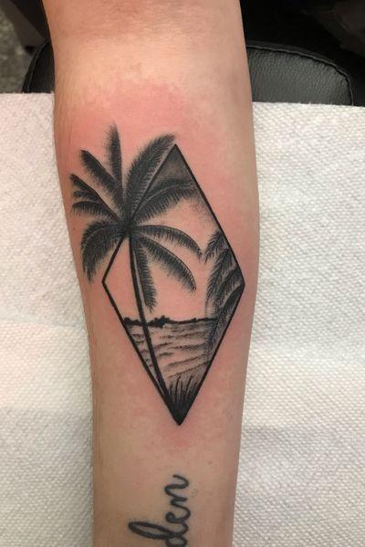 #beach #palmtree #blackandgrey