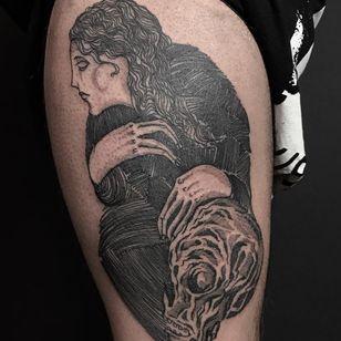 Tattoo by Servadio #Servadio #mementomoretattoos #mementomori #death #dying #skull #RIP