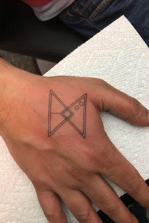 #microtattoo #triangle #dot #line