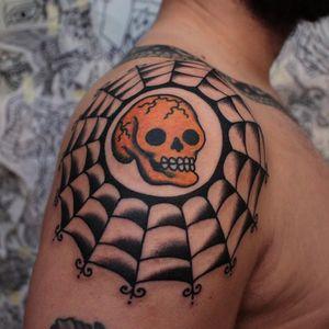 Tattoo by Joel Soos #JoelSoos #mementomoretattoos #mementomori #death #dying #skull #RIP
