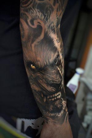 #Onlythebesttattooart #tattoo #ink #cristianrodrigueztattoos #blackandgrey #realism #surrealism #dotwork #ornamental #tribal #gemetric #colortattoo #fuerteventura #warewolf #werewolf  #wolf