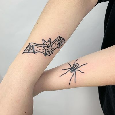 Tattoo by The Magic Rosa #TheMagicRosa #battattoos #bat #animal #dracula #vampire #nature #night #illustrative #linework #minimal #simple #spider