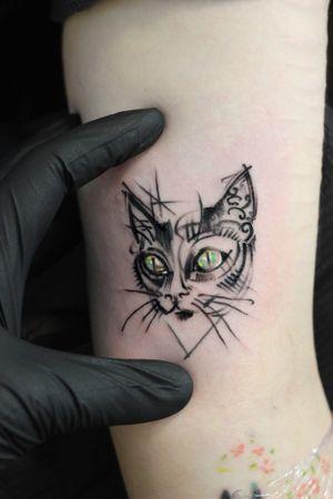 #cat #cattattoo #blacklinetattoo #Black #cute #tattoo #bartt #nw1 #camdentowntattoo #CamdenTown #kentishtown #london #art #ink #inked #detail @bartt_tattoo