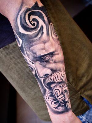 #Onlythebesttattooart #tattoo #ink #cristianrodrigueztattoos #blackandgrey #realism #surrealism #dotwork #ornamental #tribal #gemetric #colortattoo #fuerteventura #statue
