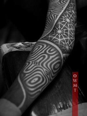 • Sleeve on @bynd_ltg • + + + Email onewhomakestiles@gmail.com  For All Inquiries . + + + #owmt #onewhomakestiles #tattoo #blackwork #dotwork #geometrip #mandala #mandalatattoo #sacredgeometrytattoo #mandalaart #omfgeometry  #dotworkmandala #dotworktattoo #blacktattooart #geometrictattoo #tzedakahatelier #dotworktattoo #sacredgeometry #dailydotwork  #bayarea #geometrictattoohunter #sf #la #california #sandiego #losangeles #blackworktattoo #sriyantra
