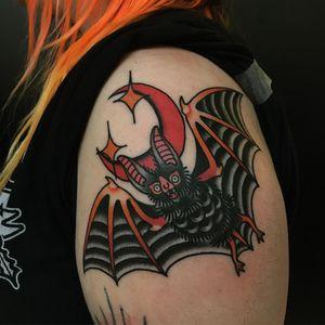 Tattoo by Moira Ramone #MoiraRamone #battattoos #bat #animal #dracula #vampire #nature #night #traditional #moon #star #color