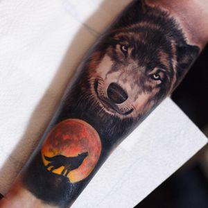 #Onlythebesttattooart #tattoo #ink #cristianrodrigueztattoos #blackandgrey #realism #surrealism #dotwork #ornamental #tribal #gemetric #colortattoo #fuerteventura #wolf #bloodmoon #moon #fullmoon