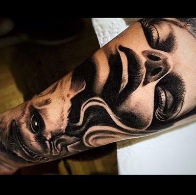 #Onlythebesttattooart #tattoo #ink #cristianrodrigueztattoos #blackandgrey #realism #surrealism #dotwork #ornamental #tribal #gemetric #colortattoo #fuerteventura #bat #battattoo #murcielago #portrait