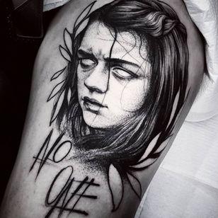 Game of Thrones Tattoo by Felipe Kross #FelipeKross #GameofThrones #GameofThronestattoo #GoT #GoTtattoo #HBO #tvshowtattoo #popculturetattoo #AryaStark #illustrative