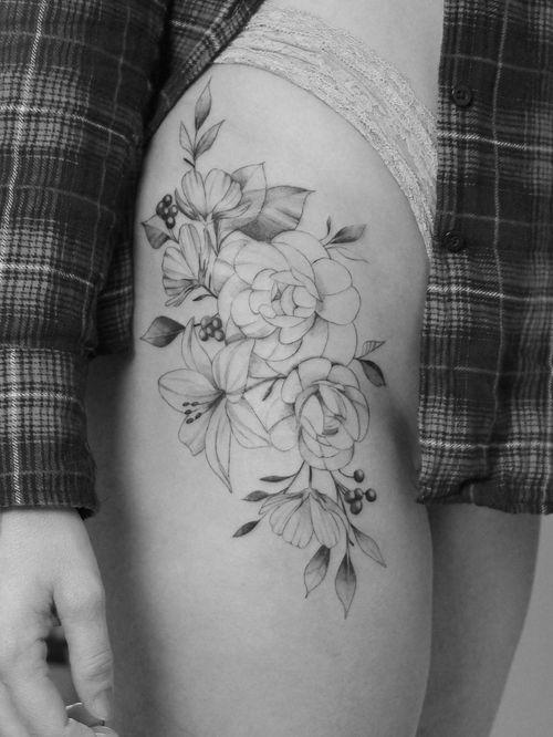 #flowertattoo #floraltattoo #flortattoo #tatuaje #femeninetattoo #tattoosforgirls #tattoosforwomen #ladytattooer #ladytattooers