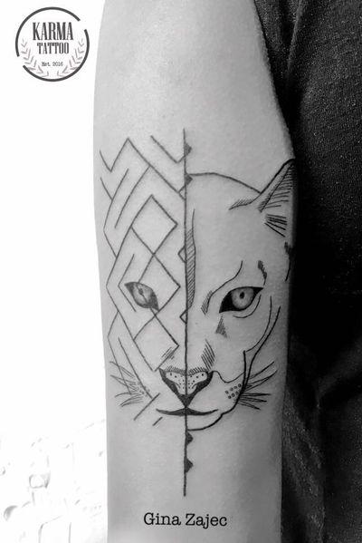 Citas y cotizaciones por email: karmainkcollective@gmail.com o visita nuestro sitio web: karmainkcollective.com CDMX #tattoo #tatuaje #mexicocity #cdmx #ginazajec #karmatattoo #karmatattoomx #tatuajeennegro #blackwork #tatuajemexico #tatuadora #mexicana #blackink #geometric #geometrictattoo #panther #panthertattoo #femaletattooartist #panther