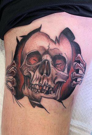 Skull . . . . : #tattoo #traditional #kodjowild #traditionaltattoo #trad #neotraditional #neo #tattoos #tatts #tttism #inked #apprenticetattoo #wip #tattoist #tattooideas #tattoomodel #tattooartist #tattooflash #likeforfollow #tattoolife #tattooart #darkartist