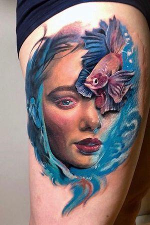 Face fully healed, the fish just added. #photography #tattoo #tattoos #tattooideas #tattoo2me #tattooist #portrait #portraittattoo #portraiture #painting #tatt #tattrx #inkedgirls #inked #ink #yayofamilia #tattoomodel #fish #sea #seatattoo #realism #surrealism #realistictattoo #tatuaje #italian #italiangirl #color #colortattoos #girl #londontattoo