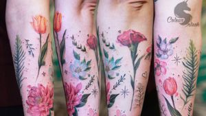 Freehand floral patches #art #mbyn #coloursplashtattoo #floral #colors