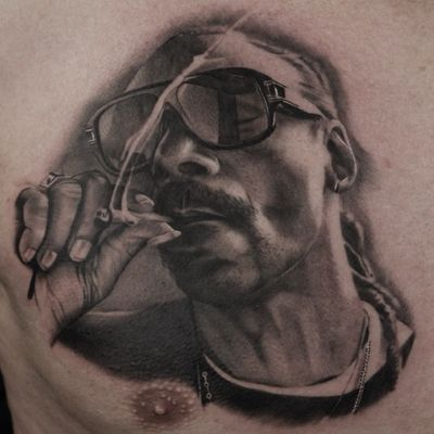#art #artist #tattoo #tattoos #tattooartist #tattooer #tattooist #tattooed #portrait #portraits #portraittattoo #portraittattoos #blackandgraytattoo #blackandgreytattoo #bng #bngtattoo #bngtattooartist #snoopdogg #snoop #snooplion #hiphop #rap