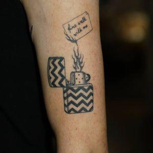 Non electric Hand poke tattoo by Blame Max #BlameMax #handpoke #stickandpoke #nonelectric #linework #illustrative #fineline #lighter #firewalkwithme #twinpeaks