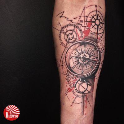 Compass with touch of splash #compass #realism #fineline #splash #blackandgrey #trashpolka #mixedstyles