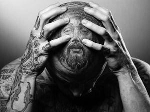 Jesus tattoo by Chuey Quintanar #ChueyQuintanar #Jesustattoo #JesusChristtattoo #religioustattoo #religious #Catholic #Christian #portraittattoo #crownofthorns