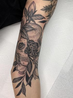 Nature tattoo by Kyle Stacher aka Thief Hands #KyleStacher #ThiefHands #illustrative #linework #nature #organic #fineline #dotwork #flower #skull #leaves