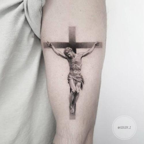 Jesus tattoo by Goldy Z #GoldyZ #Jesustattoo #JesusChristtattoo #religioustattoo #religious #Catholic #Christian #portraittattoo #blackandgrey #realism #realistic #cross