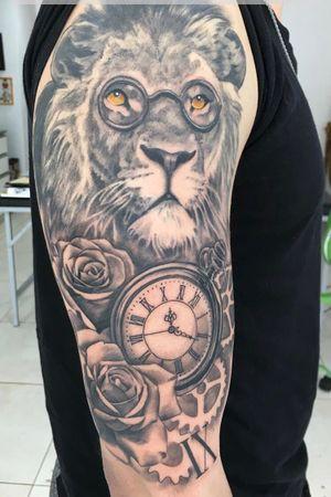 #Netkaizen #Clock #Lion #PsicologiaDelExito #Flowers #Rosas #Flores #Black