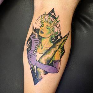 Alien tattoo by Onnie O'Leary #OnnieOleary #specialtattoos #uniquetattoos #besttattoos #awesometattoos #tattoodoapp #tattooartist