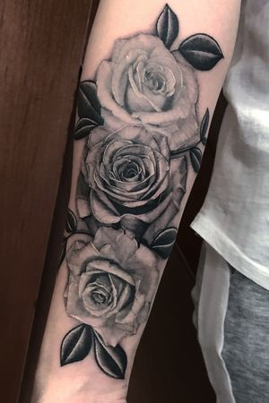 Realism Roses forearm piece