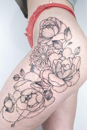 #crushonline #floral #peony #mandala #fineline #dotwork