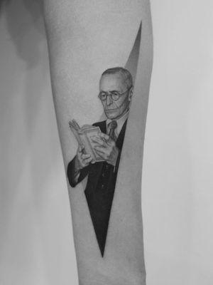 Hermann Hesse portrait tattoo by Pawel Indulski #PawelIndulski #booktattoos #literarytattoos #booktattoo #literarytattoo #books #book #reading #literature #Hermannhesse #author #portrait #realism #realistici