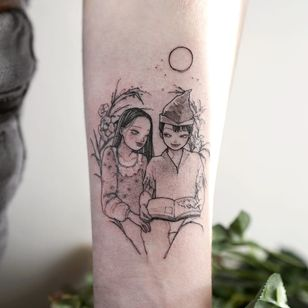 Peter Pan and Wendy book tattoo by Zihae #Zihae #booktattoos #literarytattoos #booktattoo #literarytattoo #books #book #reading #literature #illustrative #linework #flower #wendy #peterpan #childrensbooks