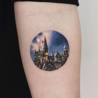 Hogwarts Castle tattoo by Saegeem #Saegeem #Hogwarts #HarryPotter #booktattoos #literarytattoos #booktattoo #literarytattoo #books #book #reading #literature