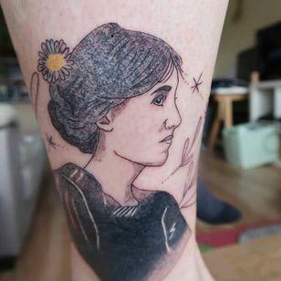 Virginia Woolf tattoo by Katie McPayne #KatieMcPayne #booktattoos #literarytattoos #booktattoo #literarytattoo #books #book #reading #literature