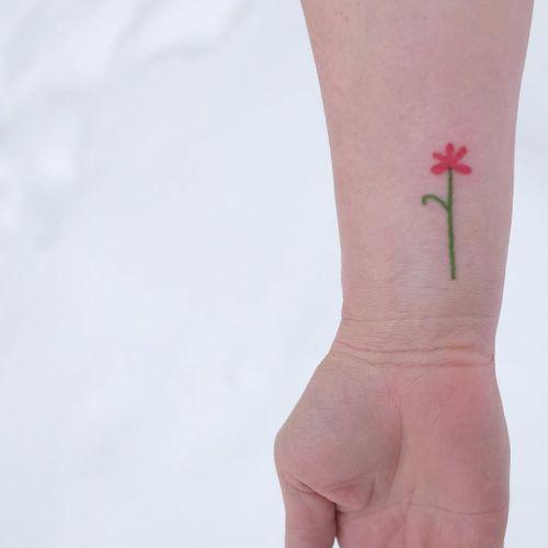 Tiny tattoo by Victor Zabuga #VictorZabuga #tinytattoos #tinytattoo #smalltattoo #small #tiny #minimal #mini