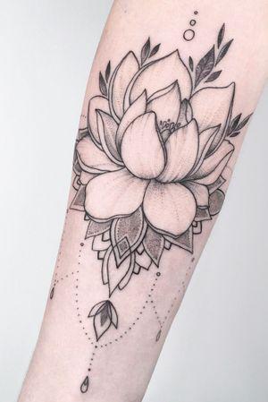 #crushonline #lotus #mandala #tattooart #fineline